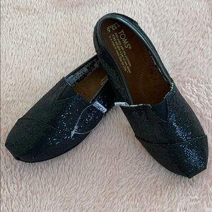 Black Sparkle Toms